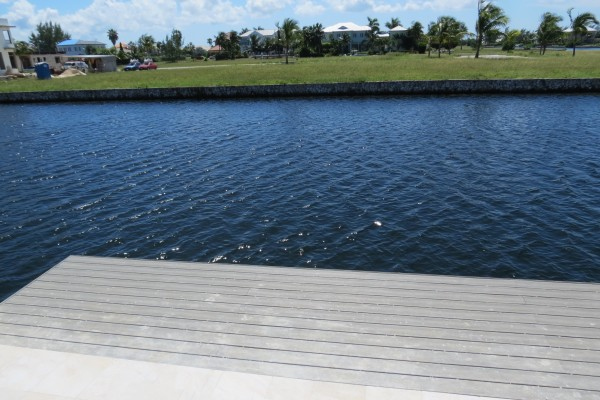 LALIQUE POINT LUXURY CANAL FRONT HOME - Image 10