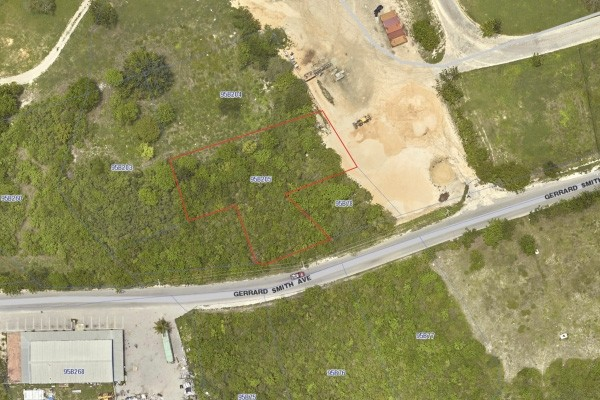 GERRARD SMITH LOT - CAYMAN BRAC