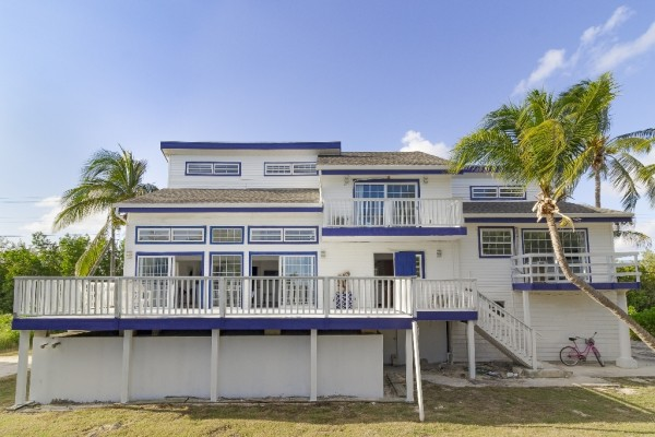 WATERFRONT HOUSE - LITTLE CAYMAN - Image 7