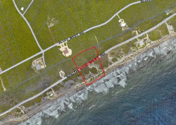 CAYMAN BRAC OCEANFRONT - LOT D