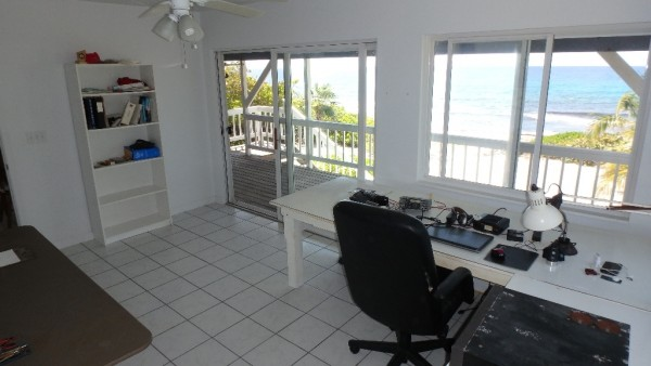 PRESTON BAY BEACH FRONT HOUSE - Image 6